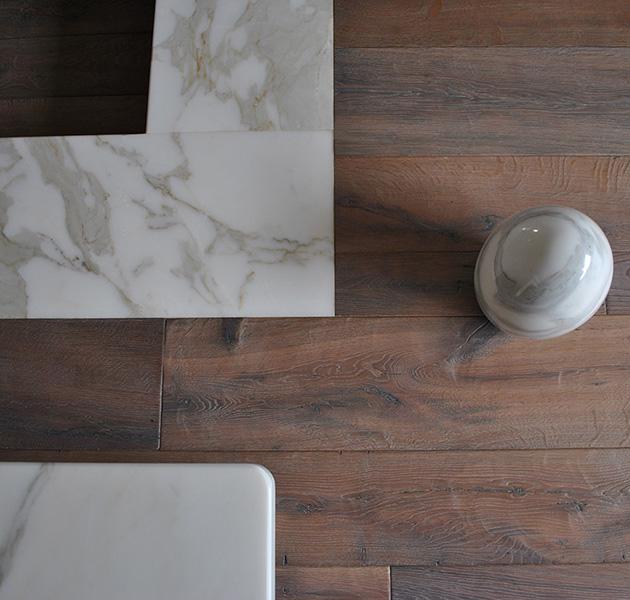 Pavimenti in marmo e legno a Carrara