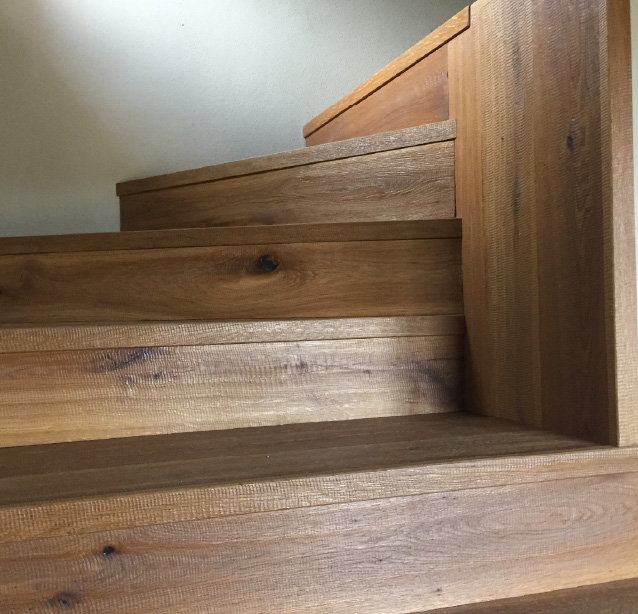 Scale in legno su misura a Carrara